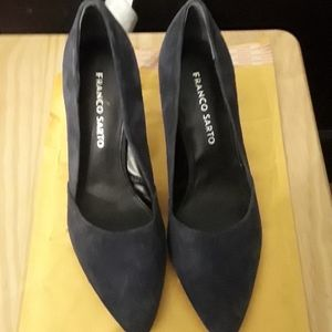 FRANCO SARTO NEW WITHOUT TAG/BOX HEELS SUEDE NAVY
